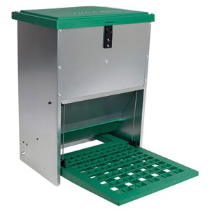 Feed-O-Matic Step - On 20kg automatic plate feeder